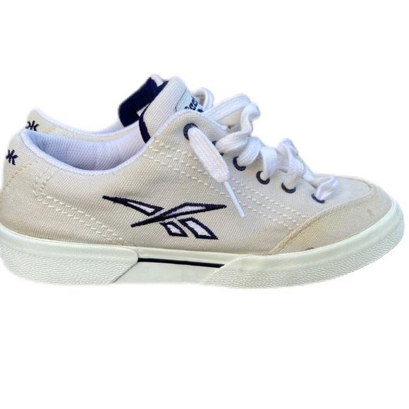 reebok canvas shoes